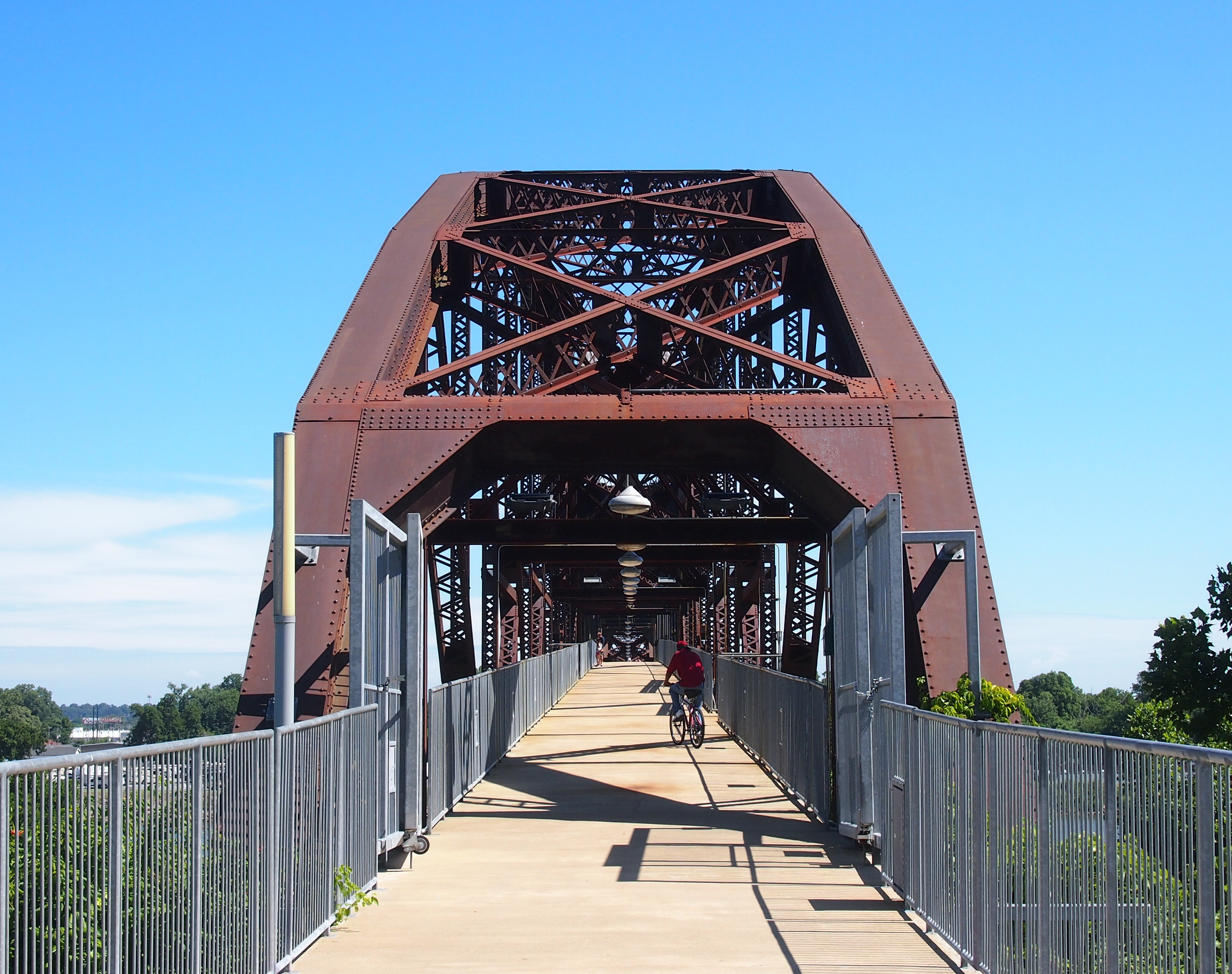The William J. Clinton Presidential Center and Park - railroad bridge